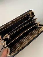 Новый женский кошелёк Armani Exchange ( цвет золото)
