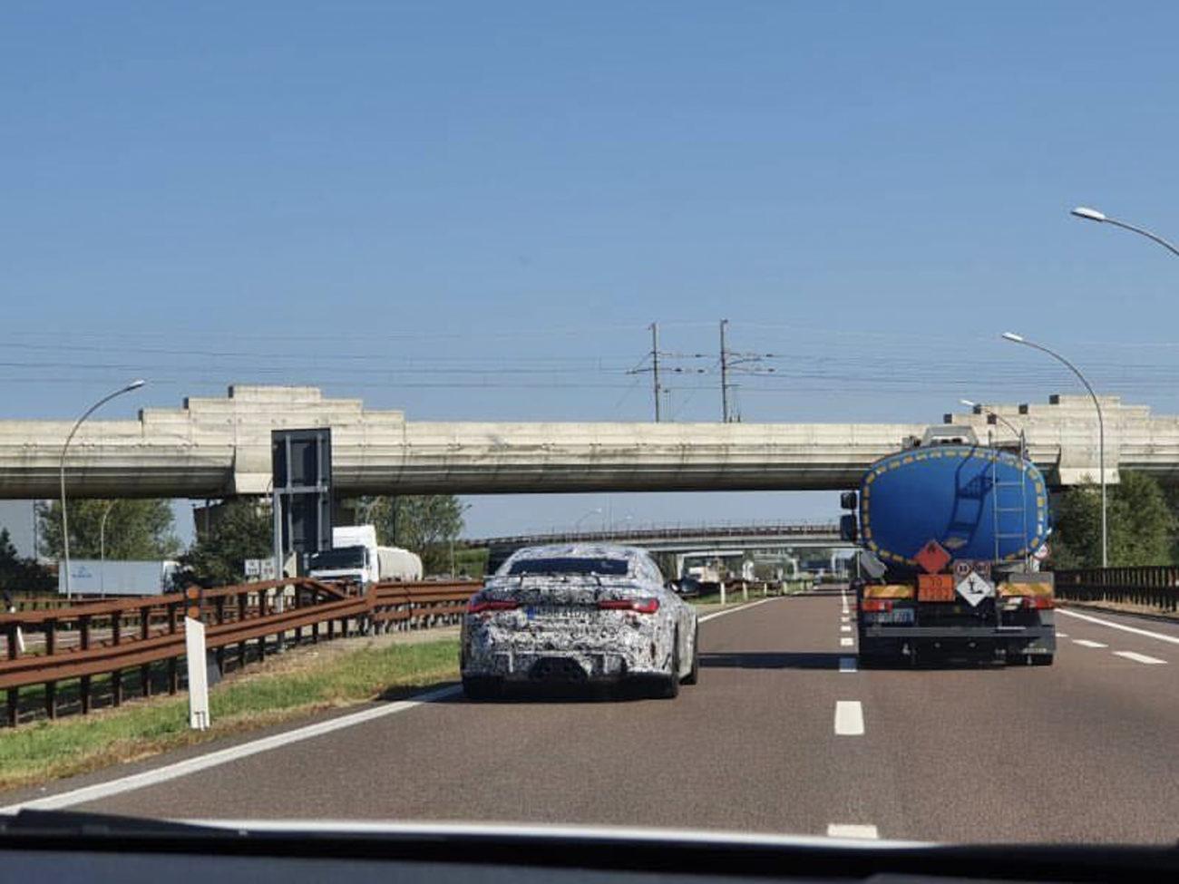 Новая конфигурация выхлопа BMW встречена на дороге — BMWLAND.RU
