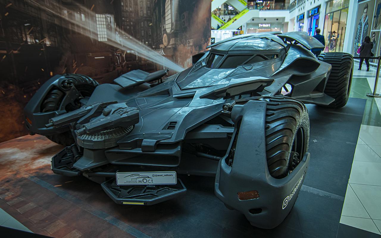 Бэтмобиль идругие прикольные машины (17фото свыставки)— журнал Зарулем