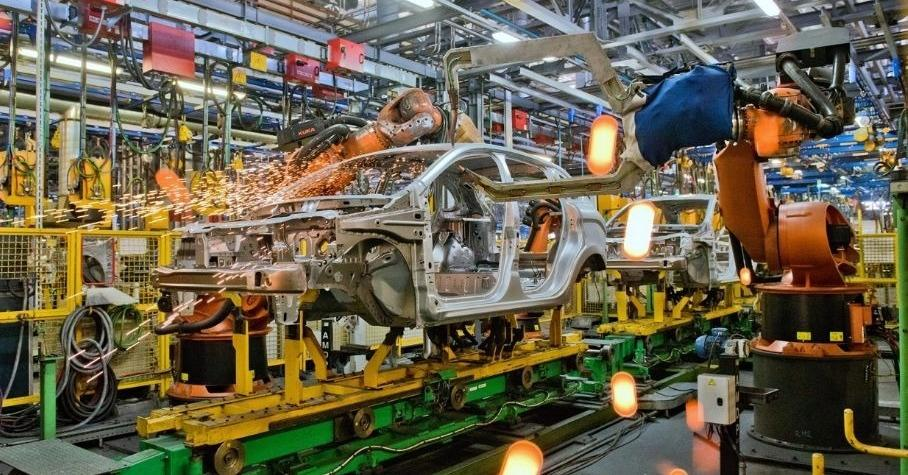 Работникам «АвтоВАЗа» поднимут зарплату