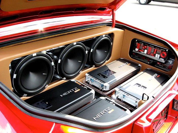 Какие есть усилители звука для автомобилей?